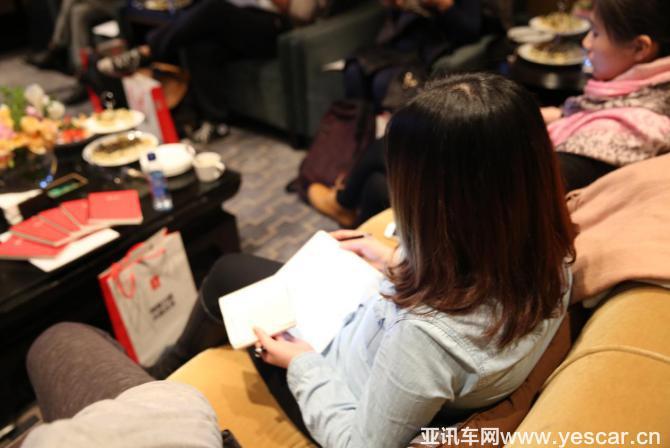 充电网召开媒体沟通会,详解问电中国充电服务大调查2