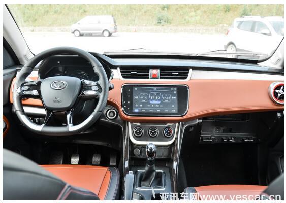 家用热门SUV哪款好?英致G5全面对决幻速S3L7