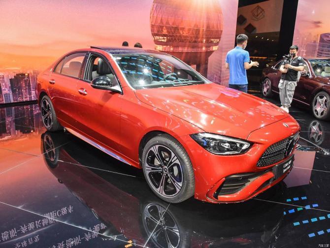 全新奔驰C级预计即将于成都车展上市